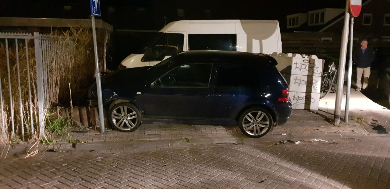 Twee Auto's beschadigd na aanrijding in Drachten