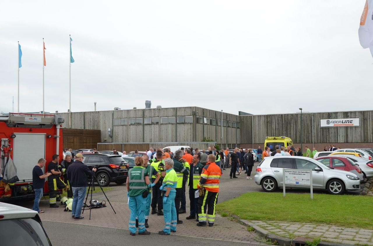 Vijf medewerkers bij een bedrijf in Leeuwarden raken onwel door giftige stof