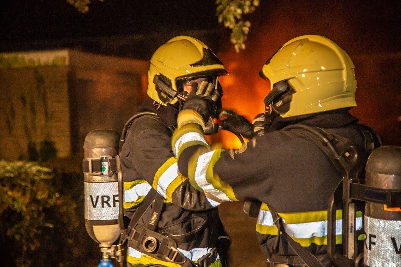 Grote uitslaande brand in Massagesalon in Groningen