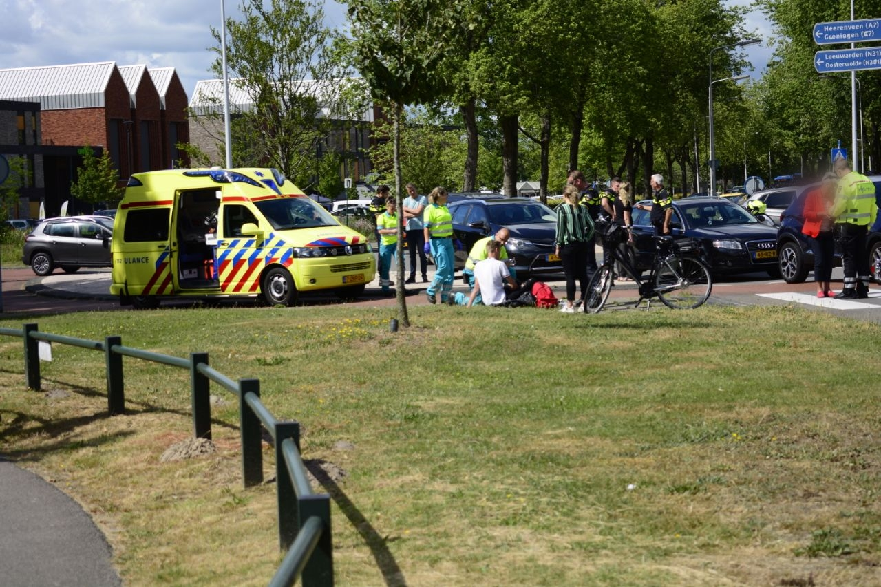 Scooterrijder geschept door Automobilist in Drachten