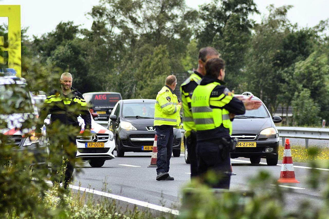20 jarige inwoner uit Ureterp overleden na verkeersongeval op de A7  bij leek