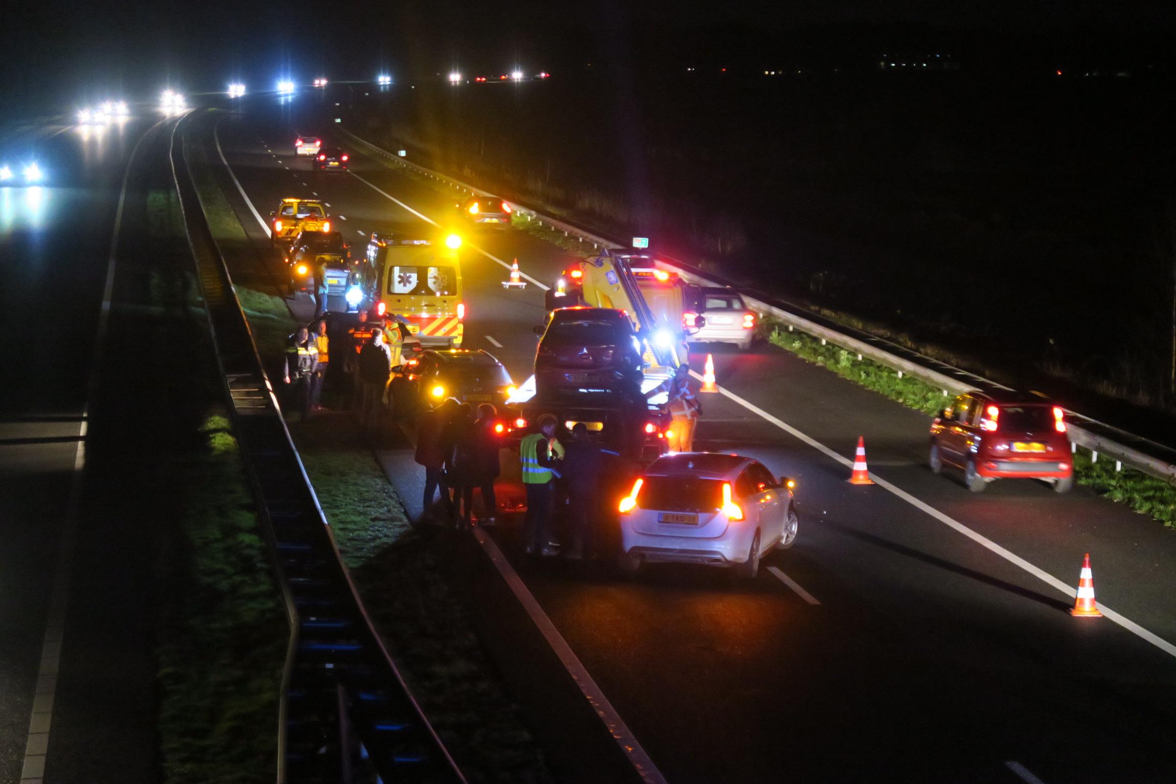 Vier voertuigen met elkaar in botsing op de A7 Bij Drachstercopanie