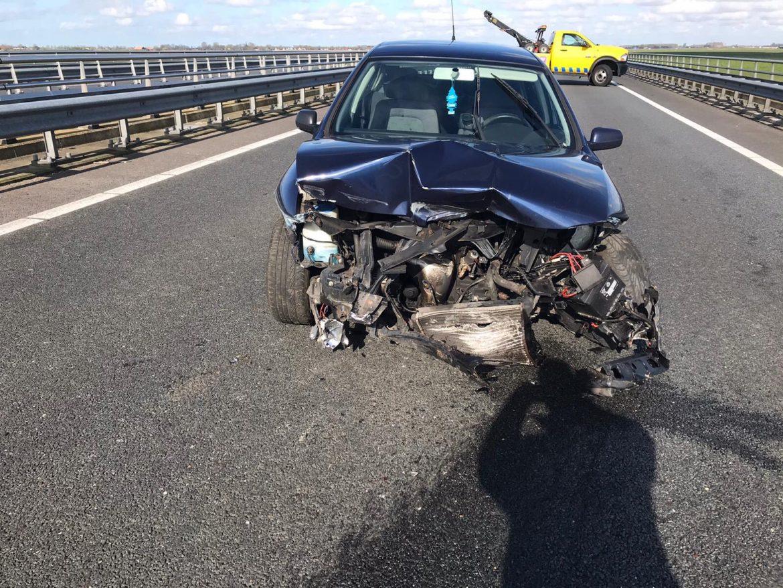 Bestuurder ongedeerd na eenzijdig ongeval op de N31 bij Leeuwarden