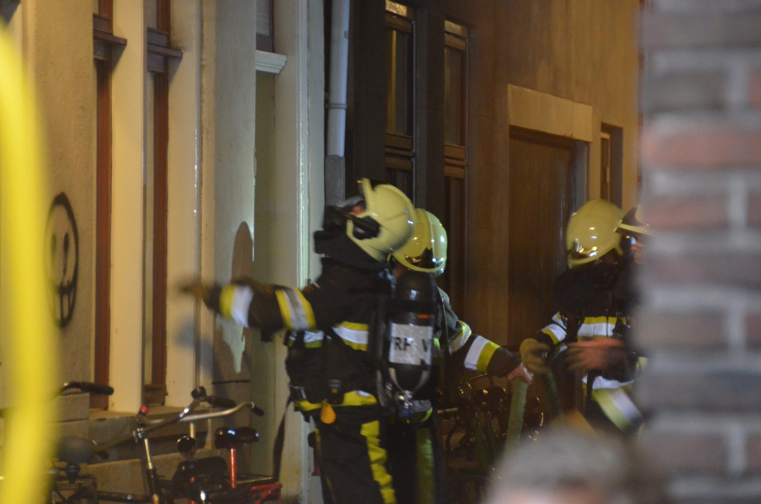 Flinke rookontwikkeling na brand in een studentenhuis in Leeuwarden
