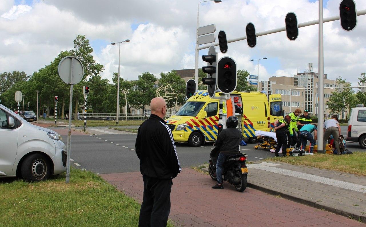 fietser aangereden op de kruising van de Oostergoplein met de Julianalaan in leeuwarden