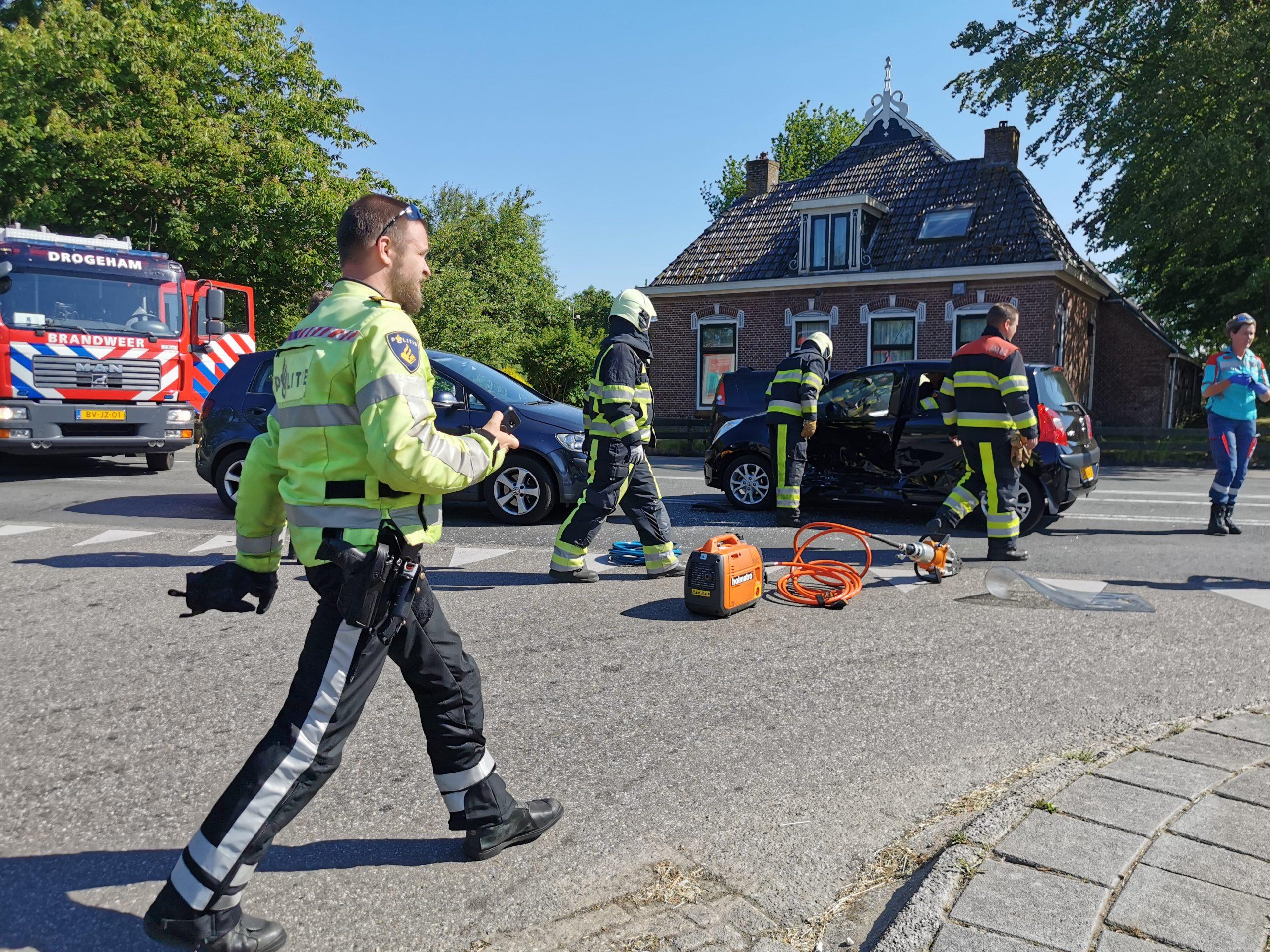 Twee gewonde na een aanrijding op de Rijkswaterstaat bij Jistrum