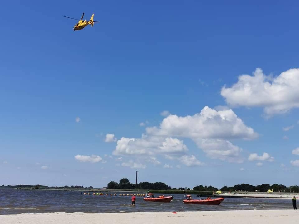 Update Grote zoekactie op het strand bij de Lemmer na vermiste Zwemmer