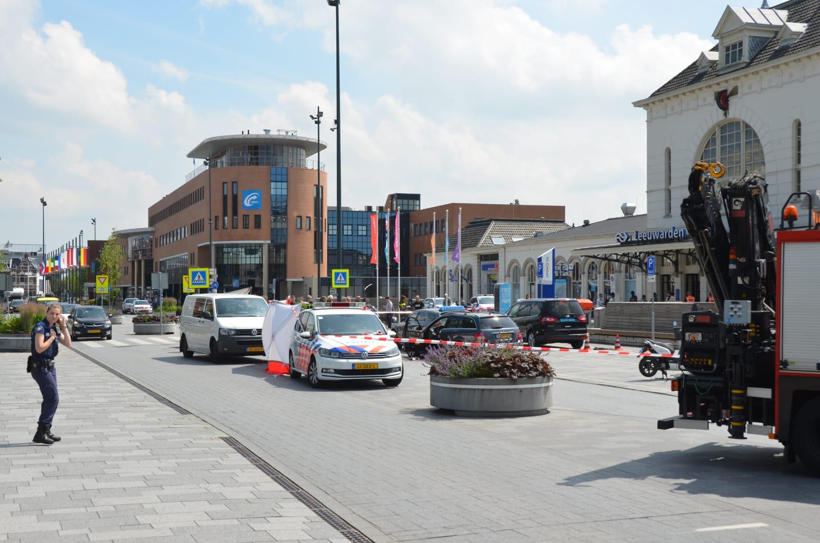 Update Persoon raakt zwaargewond na steekpartij in Leeuwarden