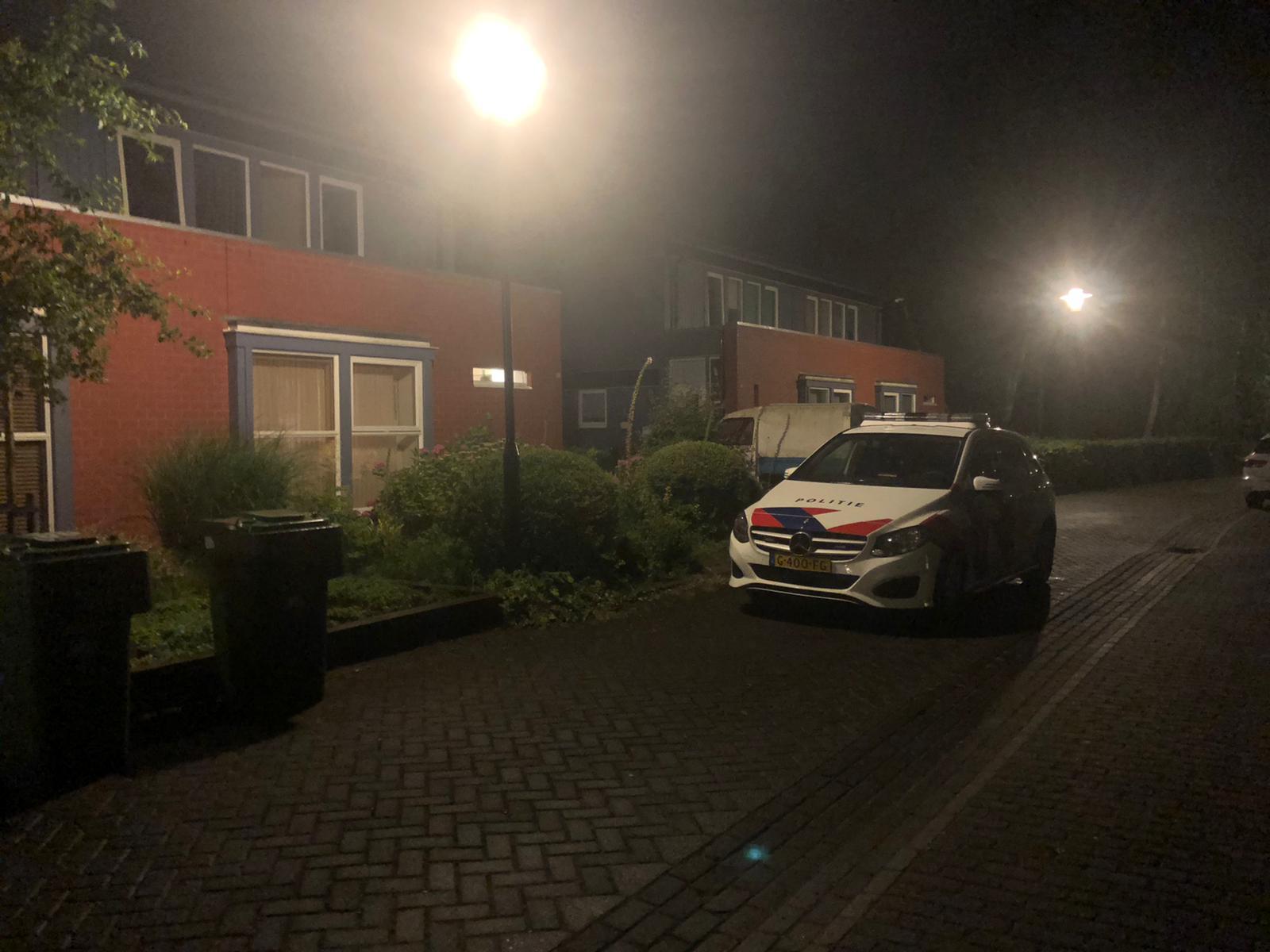 bewoner gewond na woningoverval Leeuwarden politie zoekt drie verdachten