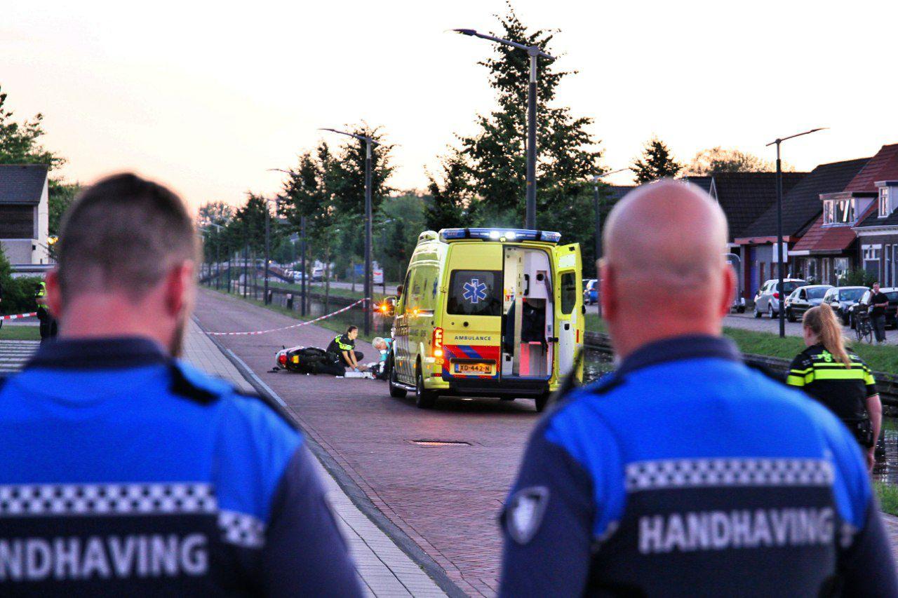 Brandweerman raakt ernstig gewond na een éénzijdig ongeval op het Moleneind ZZ in Drachten