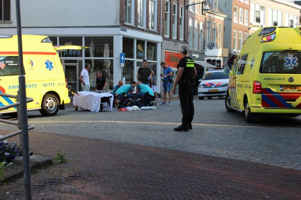 maaltijdbezorgster raakte gewond na aanrijding met personenauto