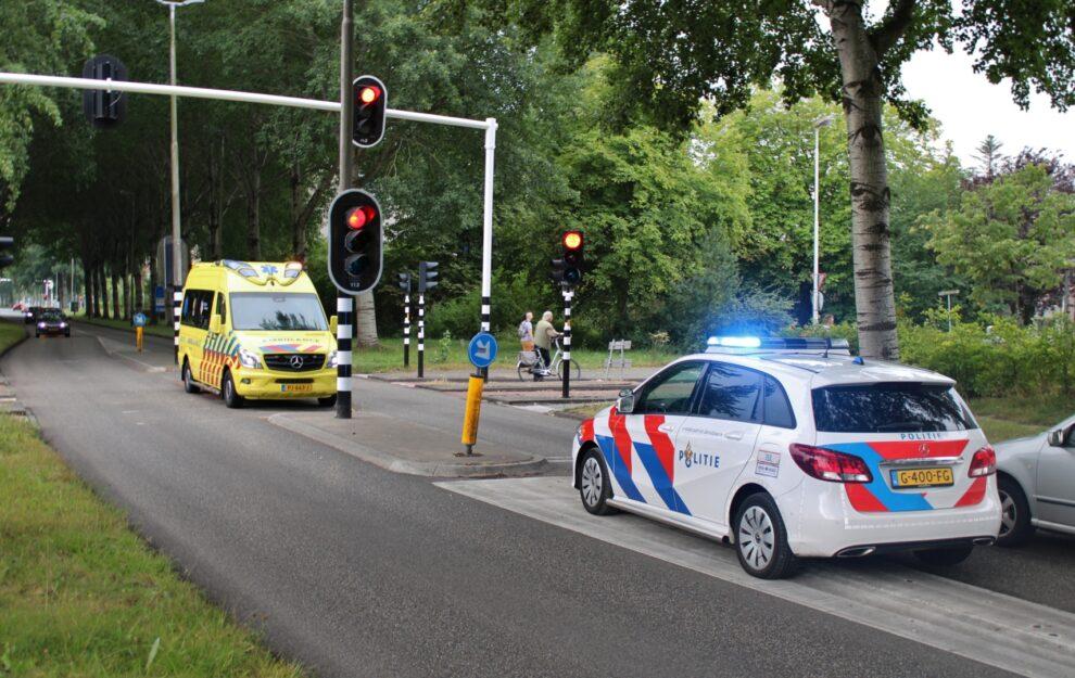 Bestuurder rijdt door naar aanrijding fietser raakt gewond in Leeuwarden