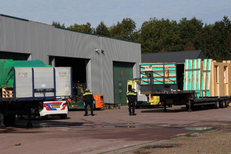 Persoon raakt gewond na Bedrijfsongeval bij Houttec Houtkonstrukties bij Gorredijk