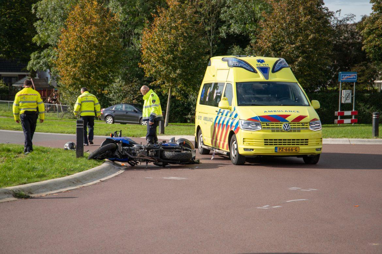 Motorrijder ernstig gewond na aanrijding met auto in Aldeboarn