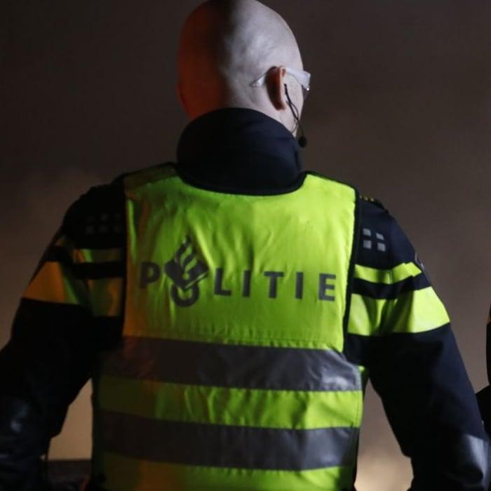 behulpzame automobilist beroofd in Leeuwarden