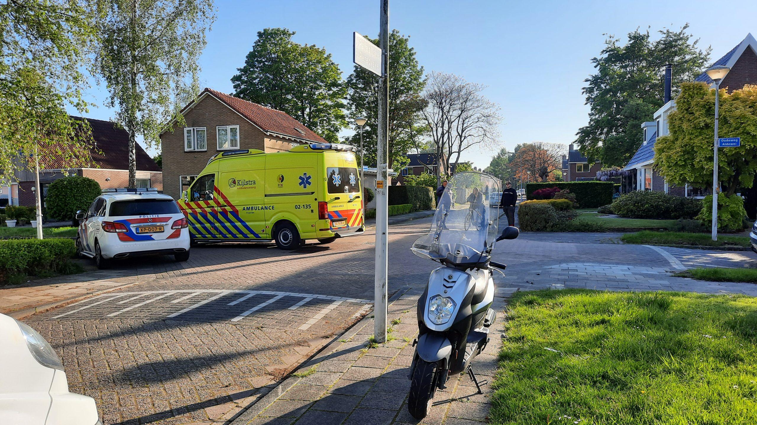 Scooterrijder gewond na botsing met auto in Drachten