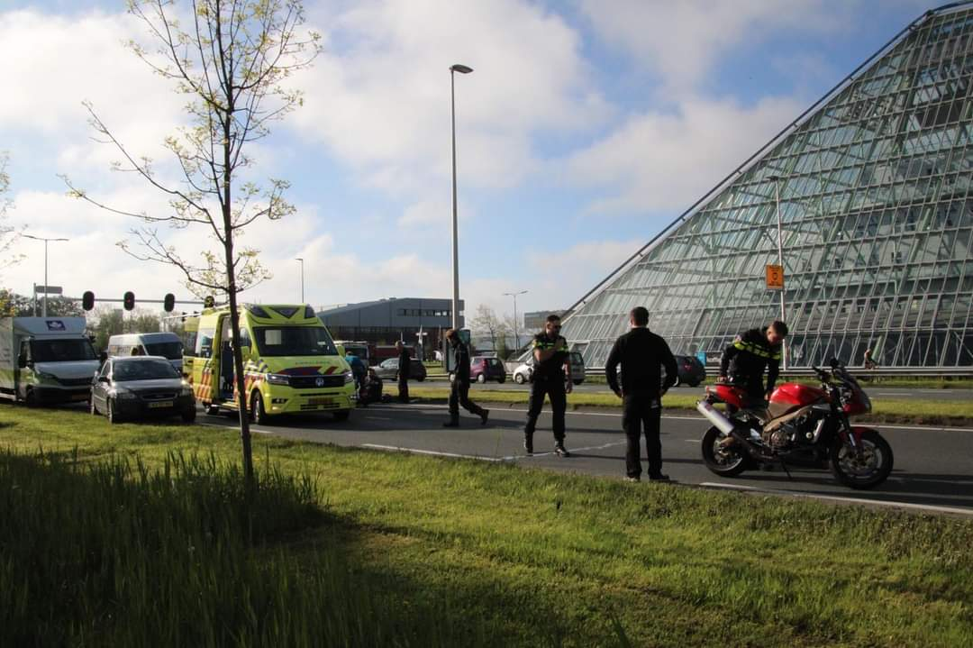 motorrijder onderuit na uitwijkmanoeuvre in Leeuwarden