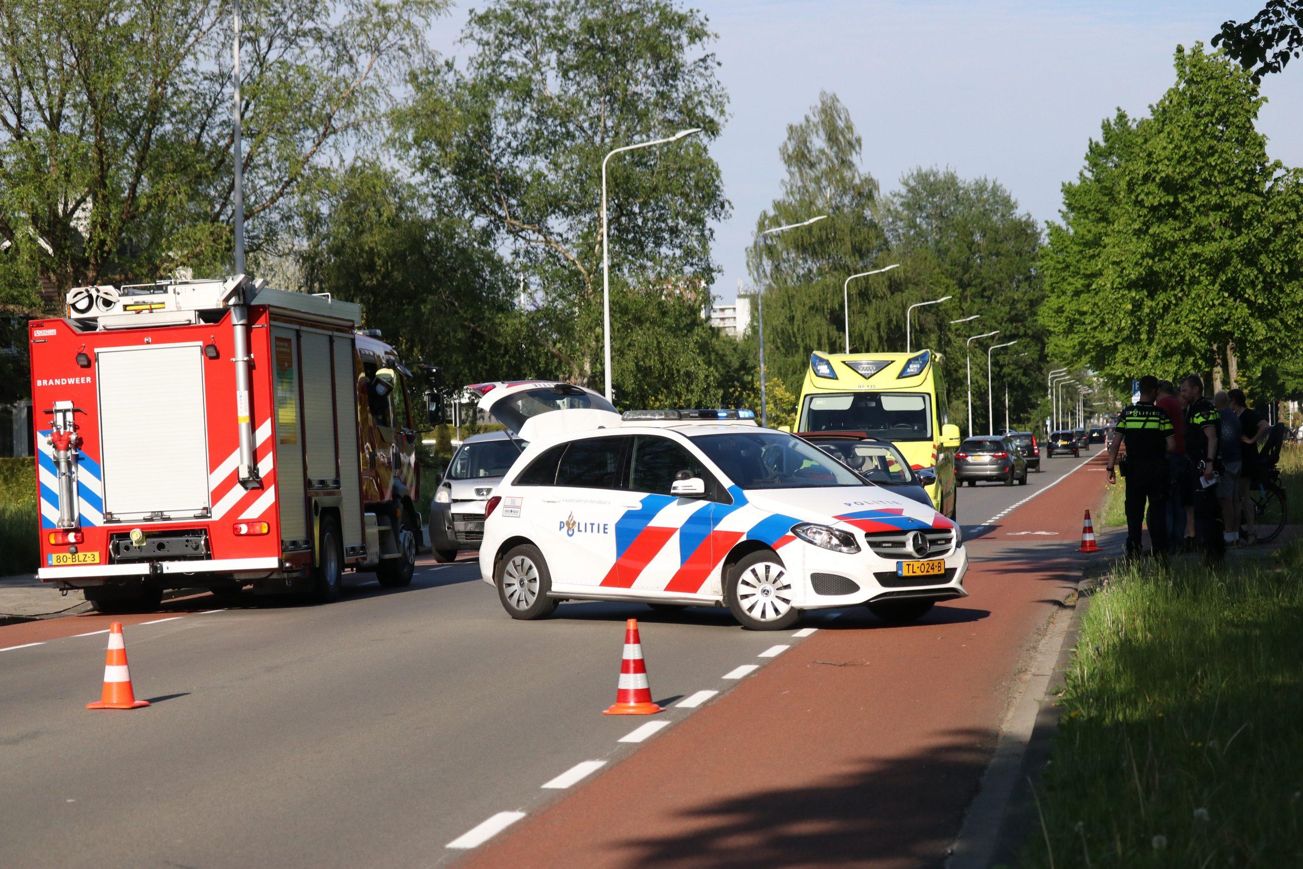 Bestuurder gewond na kop-staart aanrijding op de Gauke-boelensstraat in Drachten