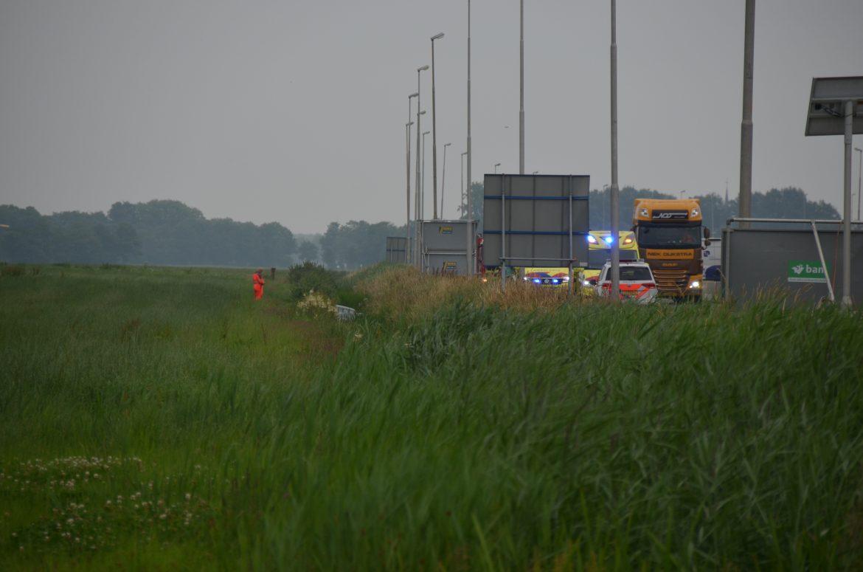 Bestuurder raakt ernstig gewond na ongeval op de A32 bij Oldeholtwolde